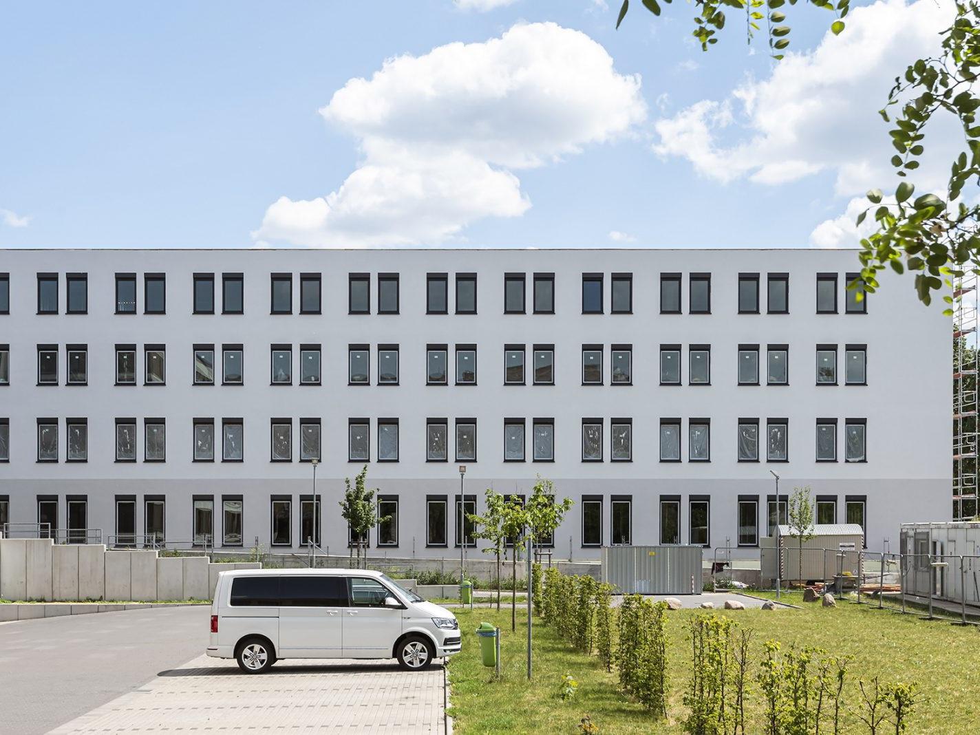 Neubau eines Dialysezentrums mit Bürogebäude in Potsdam