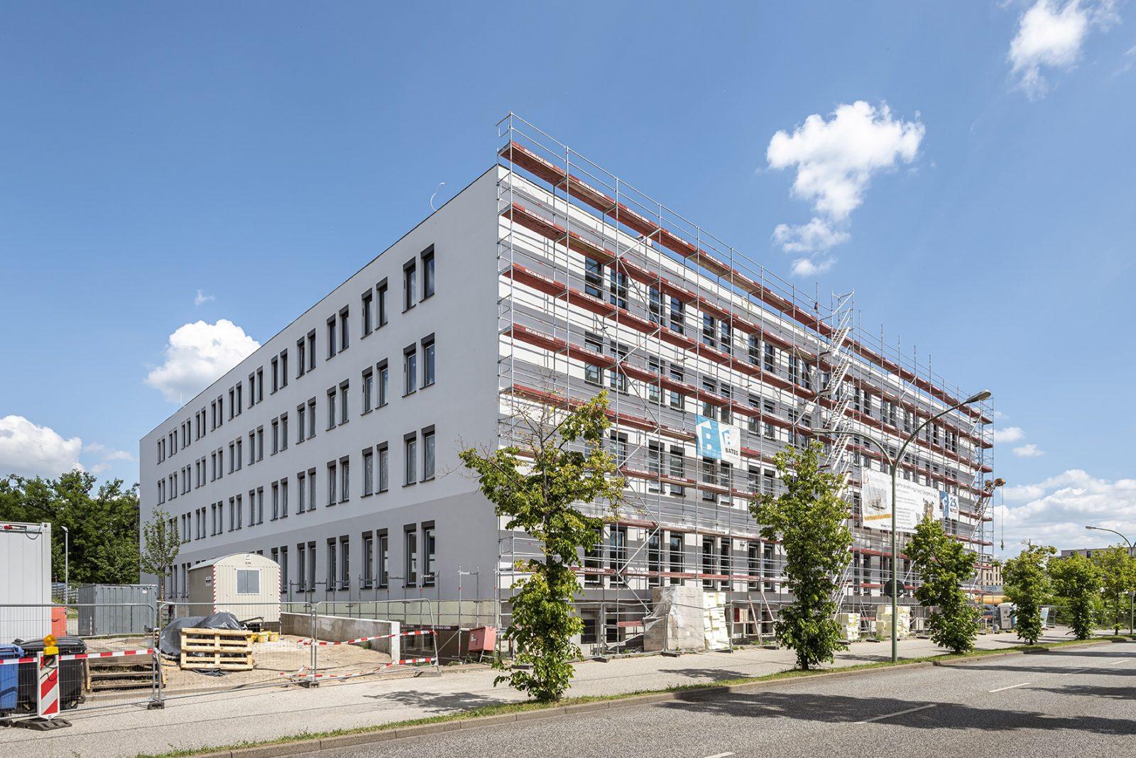Kurz vor der Fertigstellung: Neubau eines Dialysezentrums mit Bürogebäude in Potsdam
